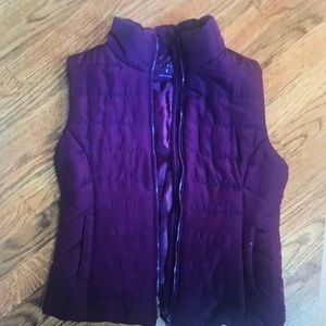 Women's Aeropostale eggplant color puffy vest